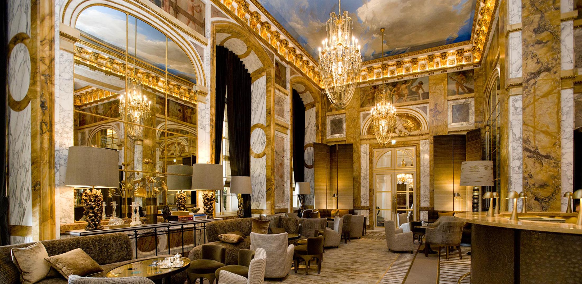 3 gorgeous new design hotels to check out now galerie for Designhotel 21