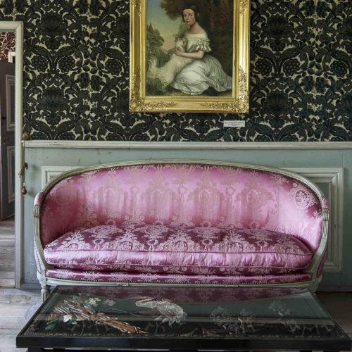 18 Elegant Living Rooms with Extraordinary Art - Galerie