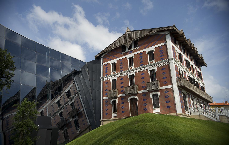 Exterior, Cristóbal Balenciaga Museoa, Getaria, Spain