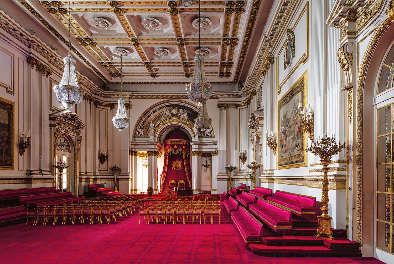 inside buckingham palace the queen's bedroom - HD1402×942