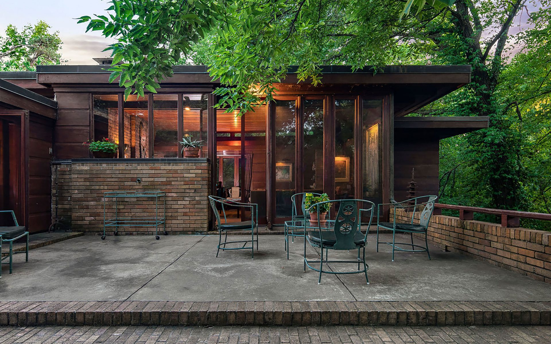 Frank lloyd wright designed house in kansas city hits the market galerie - Frank lloyd wright designs ...