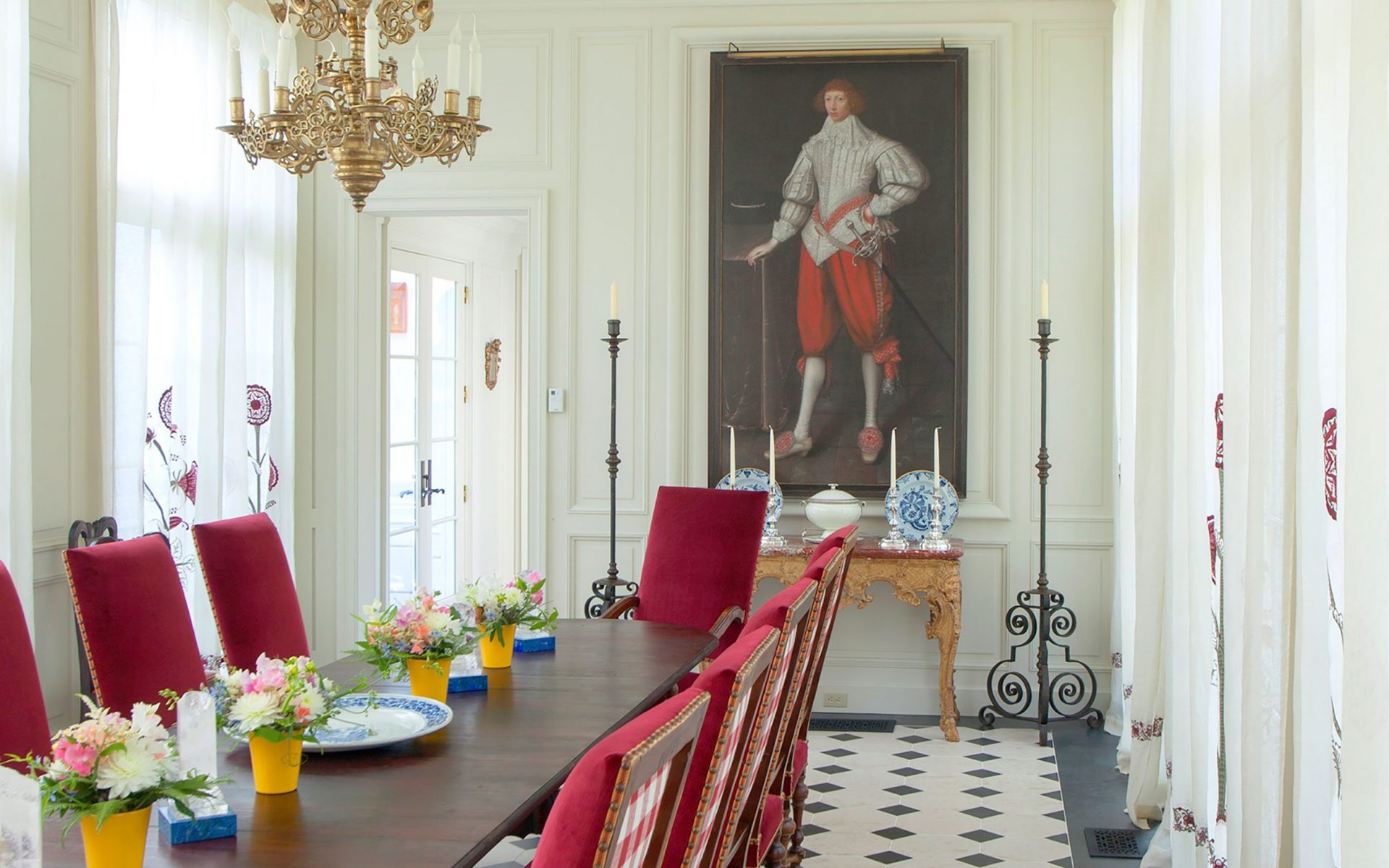 A Gilbert Jackson portrait in the Connecticut home of Robert Couturier.