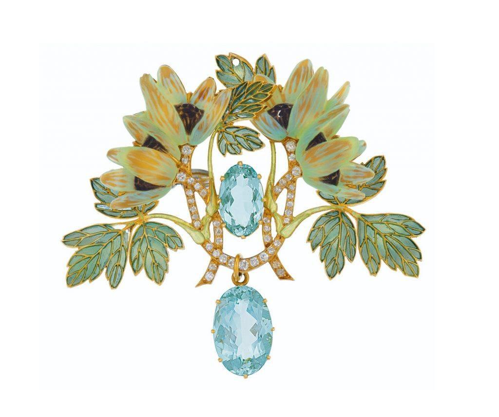 6d9d13d7b0341 8 Dazzling Pieces from the Christie's Magnificent Jewels Auction ...