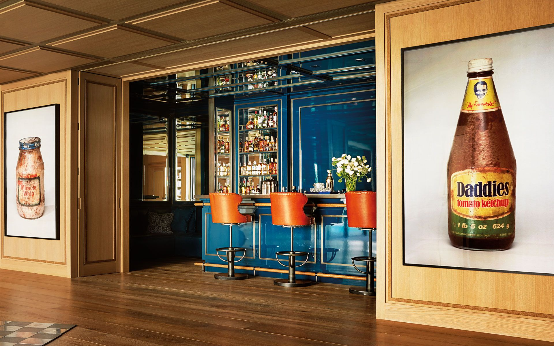 Museo Jumex founder Eugenio López's Mexico City home features a large gallery and vibrant bar.